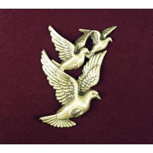 Urn Applique, Doves in Flight